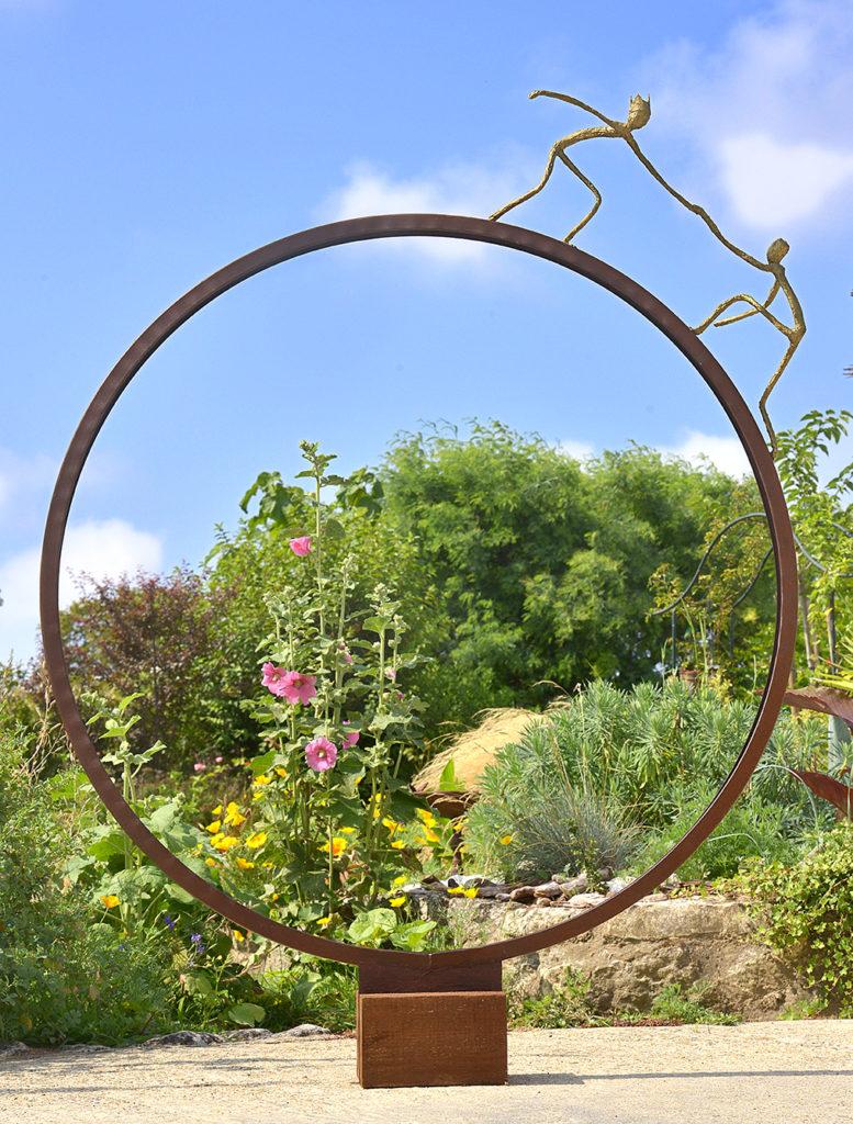 Sculpture bois, métal, patine 141x105x25 cm
