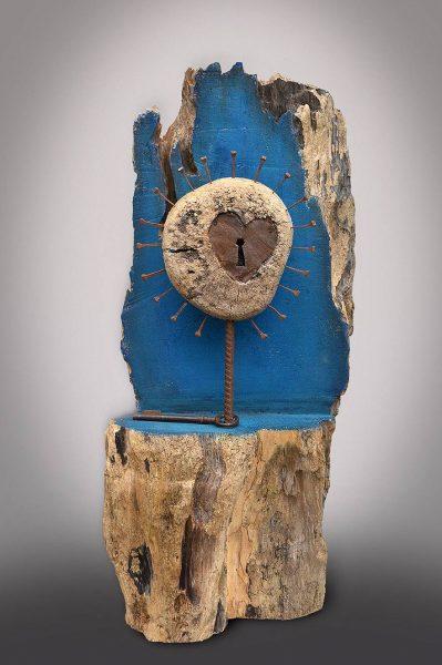 Sculpture bois flotté, métal et acrylique (63x27x28 cm)